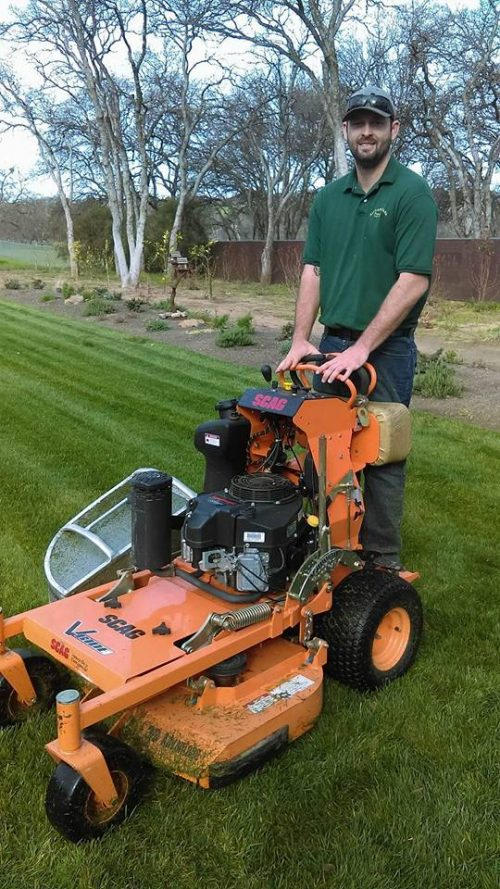 Lawn Care and Maintenance in Red Bluff, CA | Weed Eating